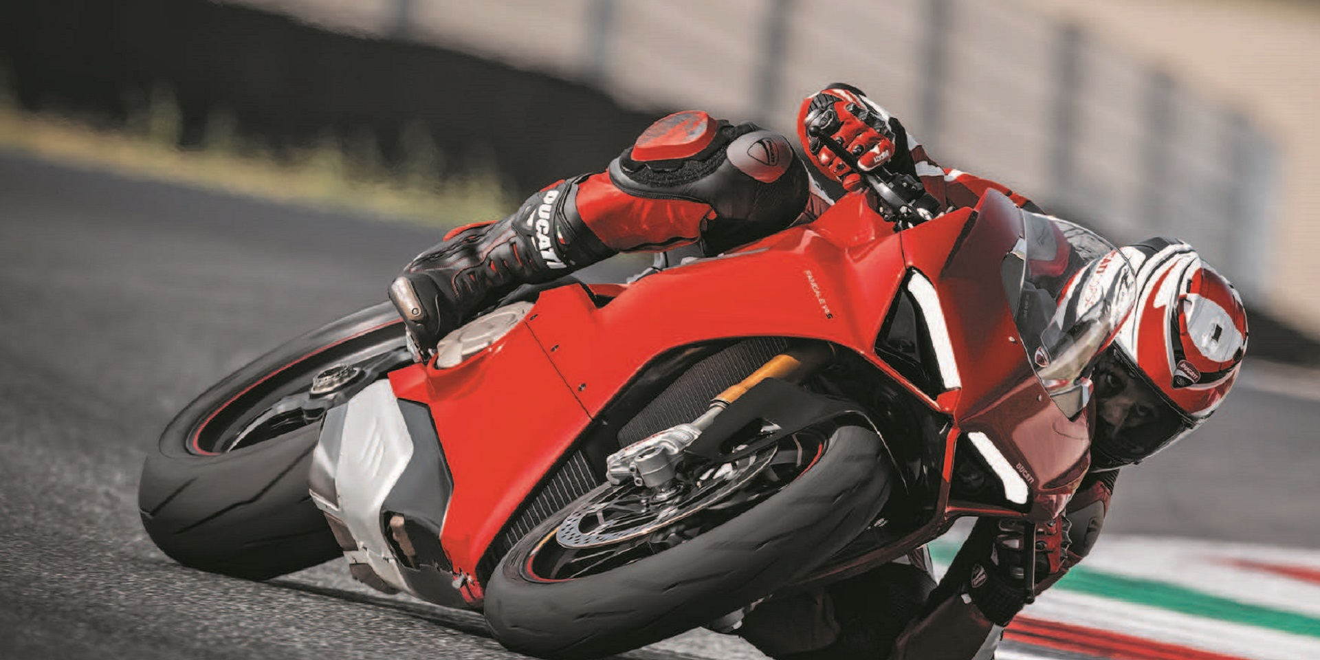Ducati Uk Track Days 2019 Booking Line Now Open