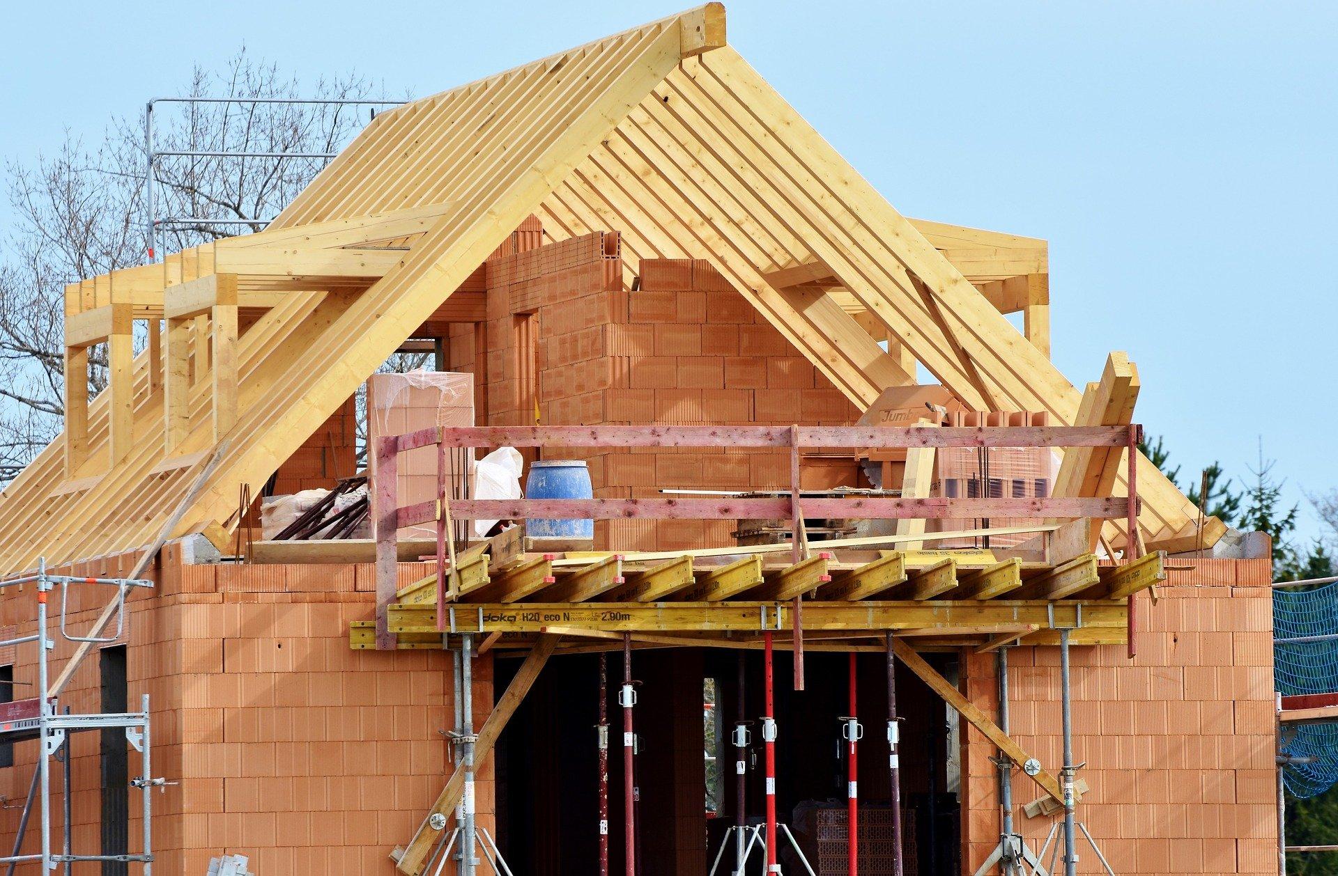 Dom z prefabrykatów betonowych – charakterystyka konstrukcji