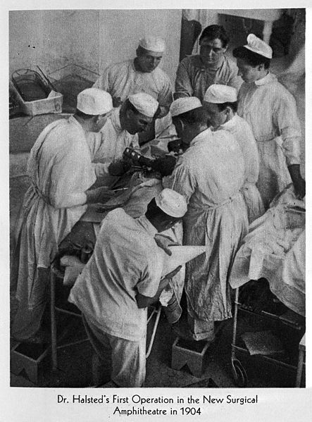 W.S_Halsted_operating_in_1904_Wellcome_L0004175.jpg