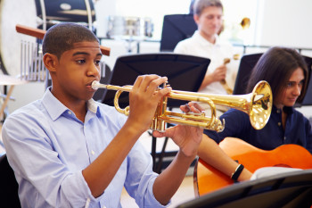 Students Who Take Music Classes Also Do Better Academically, Study Finds