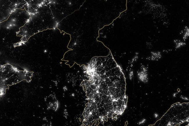 Koreian-Peninsula-at-Night.jpg