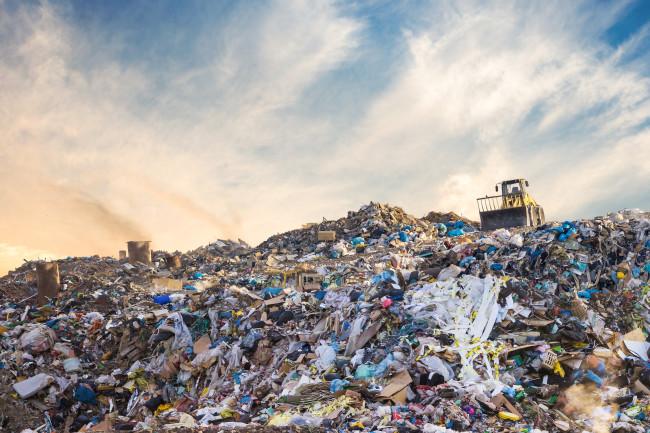 landfillpilesgarbage