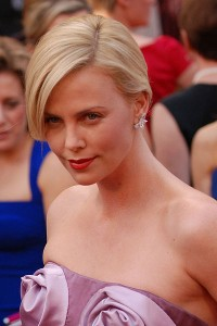400px-Charlize_Theron_@_2010_Academy_Awards_crop2-200x300.jpg