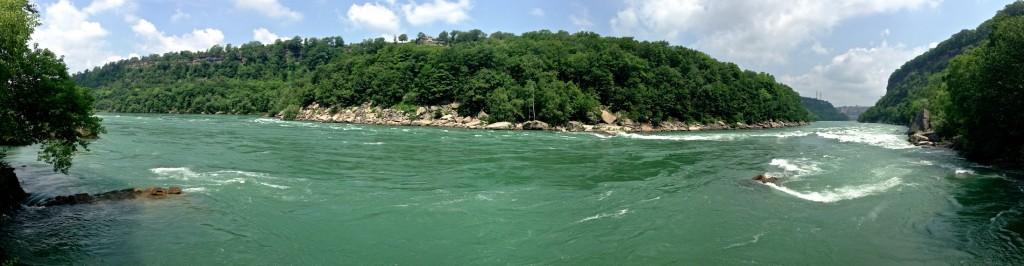Niagara-Gorge-panorama-1024x266.jpg