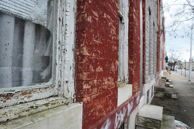 Lead Paint - Alamy Stock