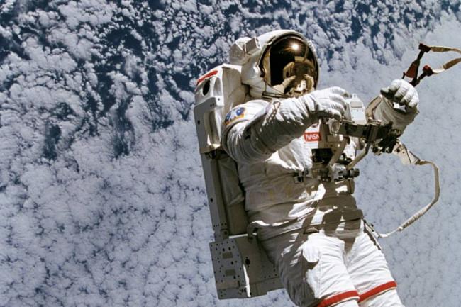 astronaut2-1024x678.jpg