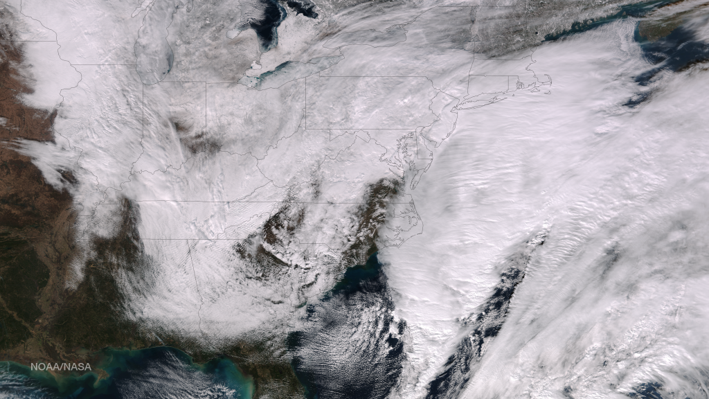 1667v1_20150126-VIIRS-noreaster-1024x576.png