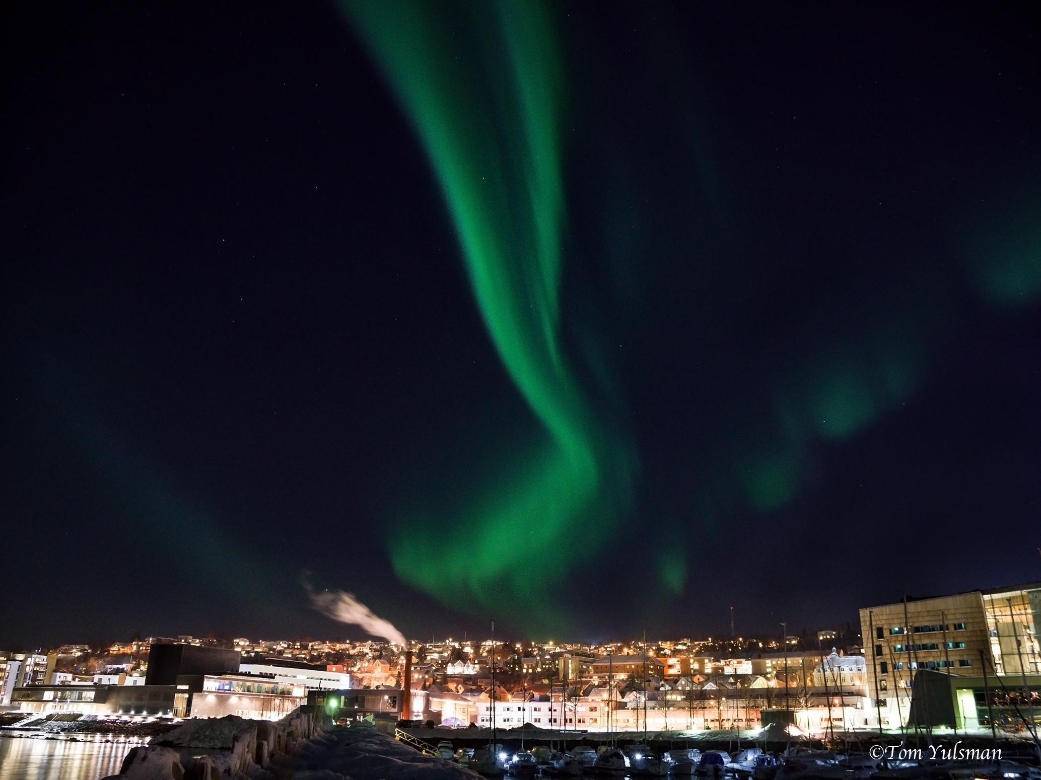 Aurora-over-tromso-sized-1.jpg