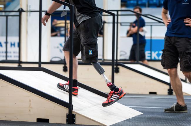 prosthetic-leg.jpg