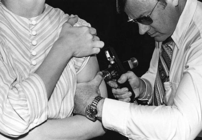 Swine Flu Vaccine 1976 - CDC
