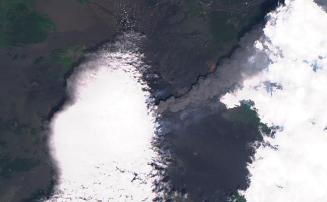 Sentinel 2 image of Etna smoke - ESA
