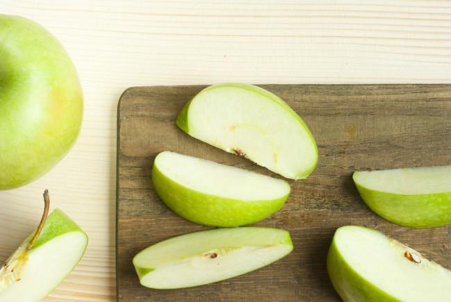 sliced-apple.jpg
