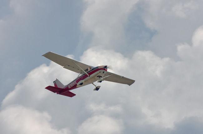 Cessna_.jpg