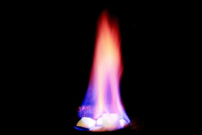 Burning_Gas_Hydrates.jpg