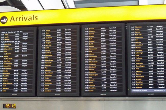 800px-Arrivals_board_Heath1.jpg