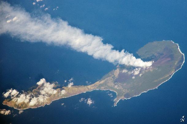 ISS-paganvolcano.jpg