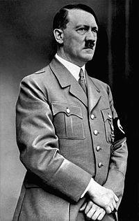 200px-Bundesarchiv_Bild_183-S33882_Adolf_Hitler_retouched.jpg
