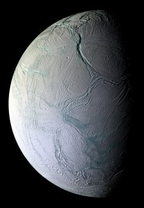 cassini_ciclops_enceladus.jpg