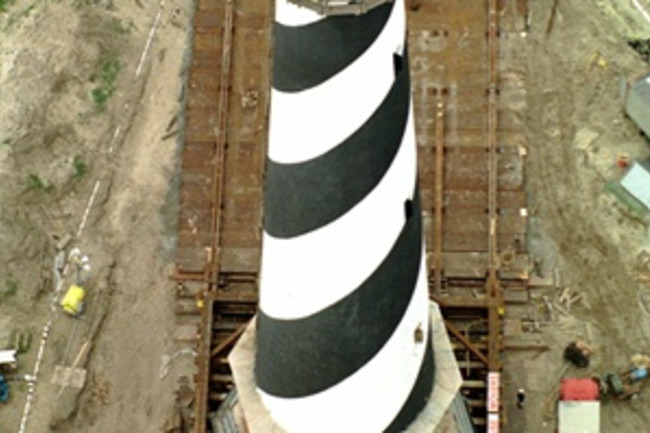 Moving a Lighthouse, full - AP