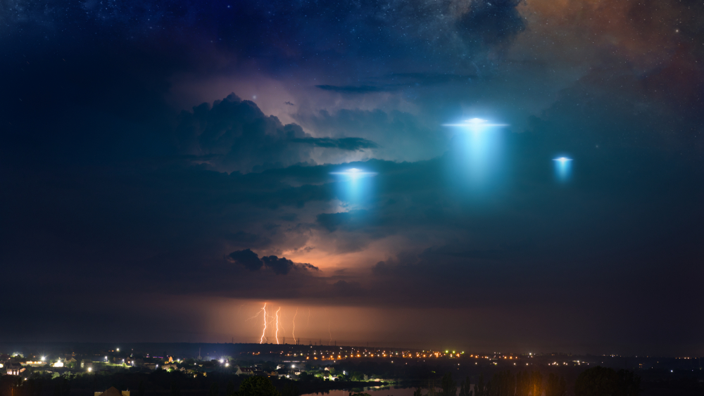 Here's How the Latest U.S. Intelligence Report on UFOs Might Bring Science to the UFO World thumbnail