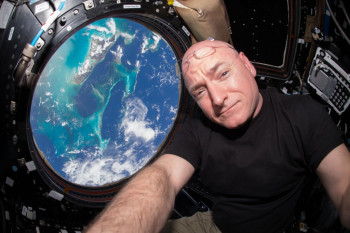 Watch Astronaut Scott Kelly Return to Earth After a 'Year in Space'
