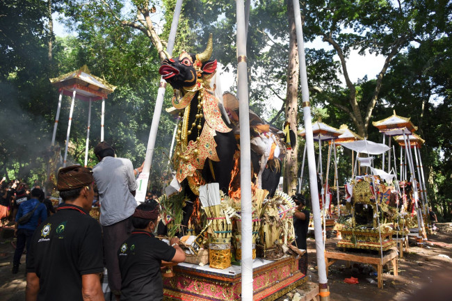 cremation ceremony - Bali - death