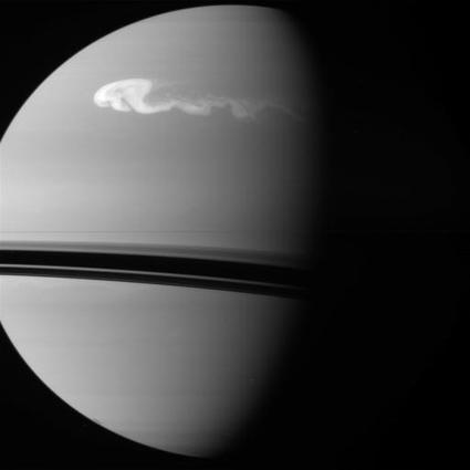 SaturnStorm.jpg