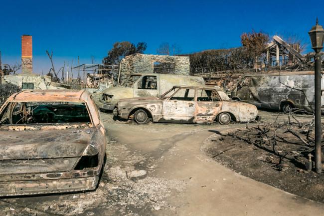 Wildfire Ventura Cal