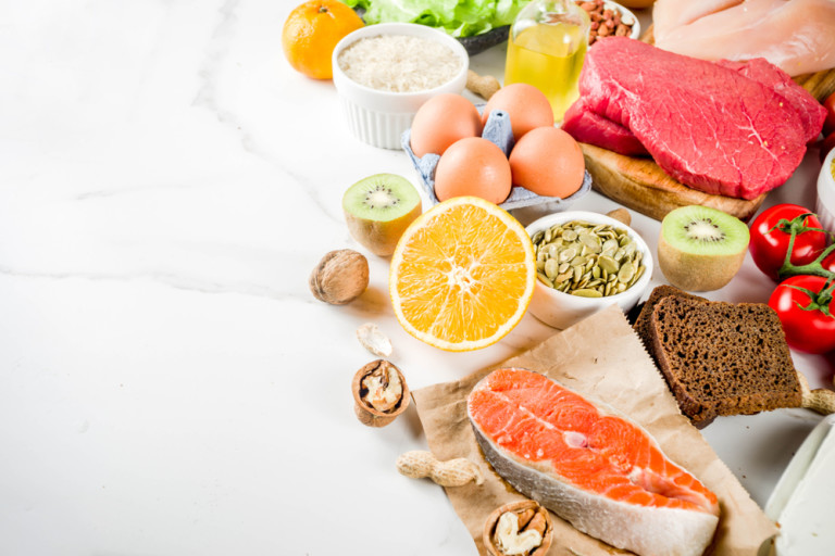 Is Something in Your Diet Screwing With Your Stomach? Here's How an Elimination Diet Could Help