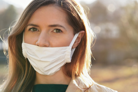 Why Wearing a Face Mask Halfway Can Be Dangerous