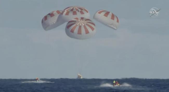 SpaceX splashdown Crew Dragon
