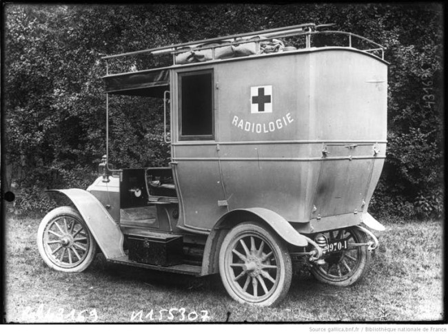 Marie Curie mobile unit french army