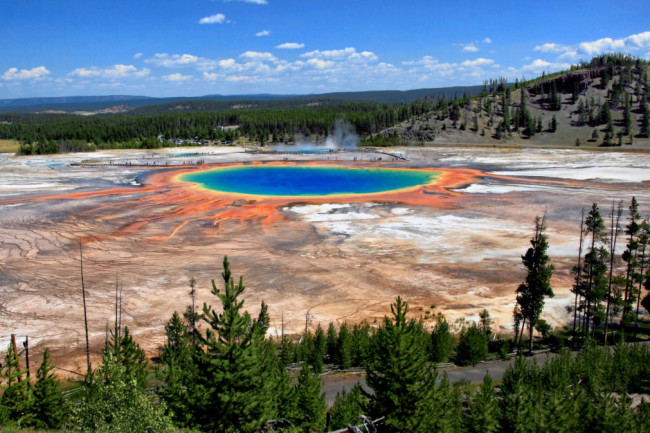 Grand Prismatic Spring, Yellowstone Caldera - Wikimedia