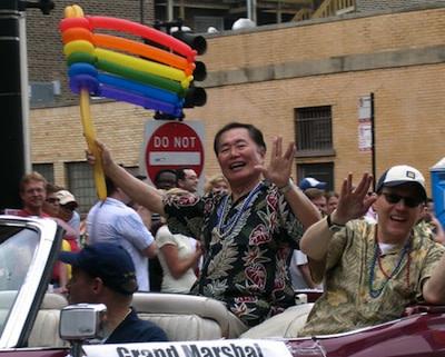 800px-George_Takei_Chicago_Gay__Lesbian_Pride_2006.jpg