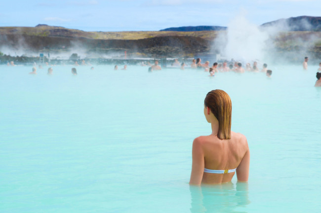 Soaking in a Hot Bath Yields Benefits Similar to Exercise