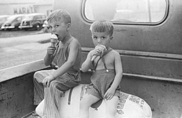 ice_cream_kids.jpg