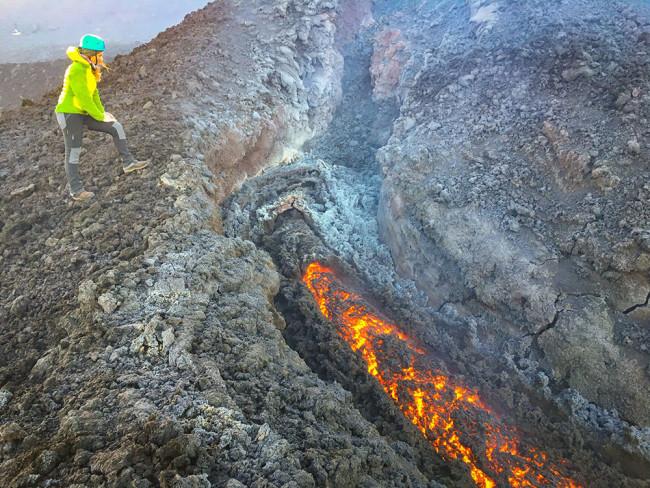 Lava on Etna, flow levee, June 2019 - Giuseppe Distefano