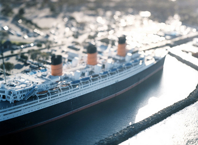 tinyboat.jpg
