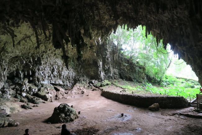 Hobbit cave - Flickr