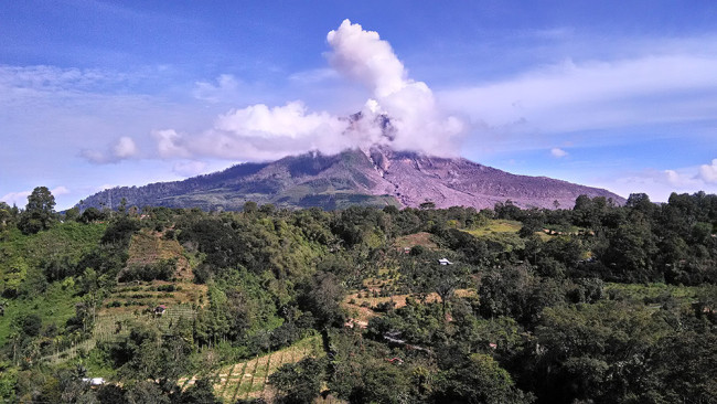 Sinabung in Indonesia