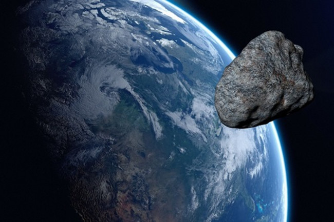 Asteroid Passing Near Earth - Pixabay