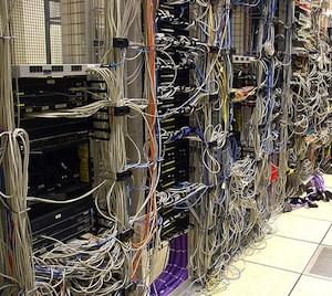 DataCenter_300.jpg