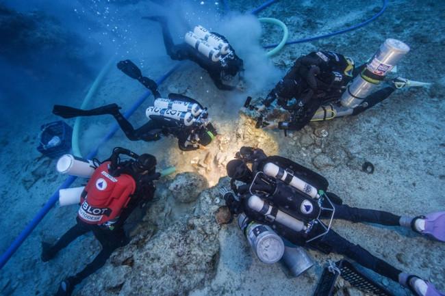 Antikythera shipwreck - Seymour