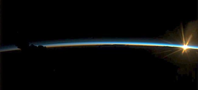 Karen-Nyberg-last-photo-from-ISS.jpg
