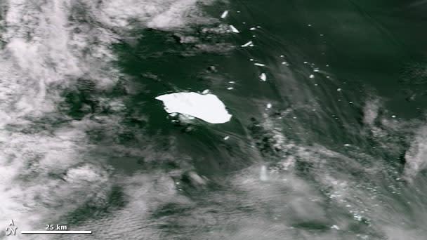 iceberg_b17-b.jpg