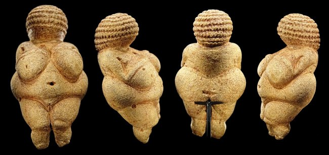 Venus of Willendorf - Wikimedia Commons