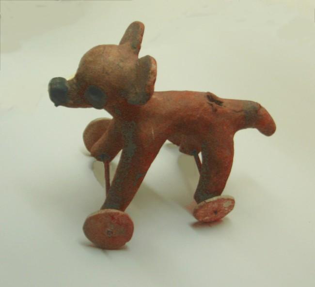 Remojadas Wheeled Figurine