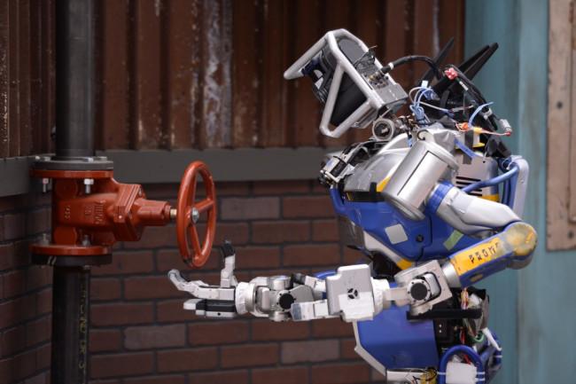 HRP2-Tokyo-DARPA-Challenge-Robot-1024x681.jpg