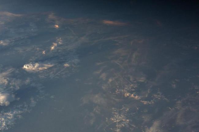 Gibbous-moon-ISS-682x1024.jpg