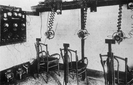 A radiotherapy room for ringworm. Image:  The Royal London Hospital Archives. Click for source.